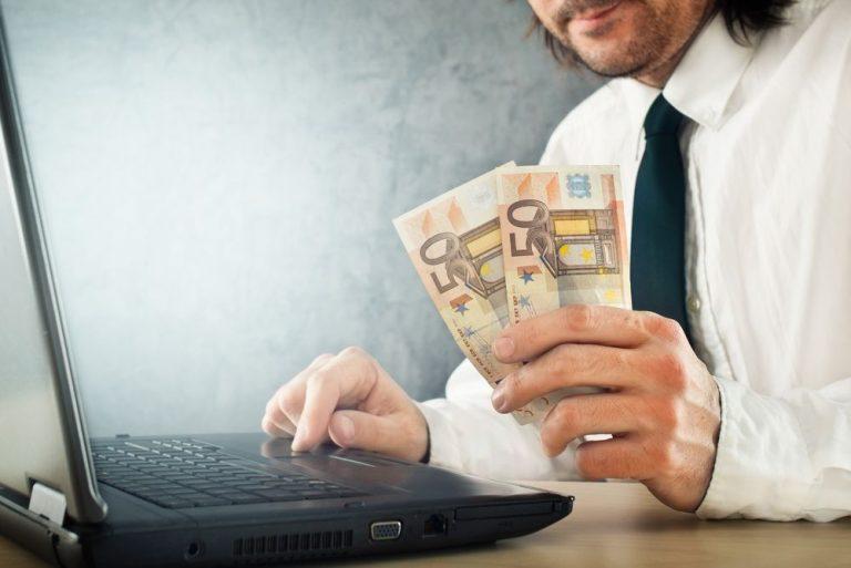 Ganhar Dinheiro Online em 4 Maneiras Incríveis!