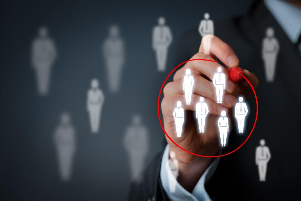 Como Divulgar Uma Empresa de Serviços e Prospectar Clientes