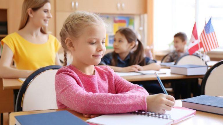 Como montar uma escola de idiomas: 5 Passos para a Abertura