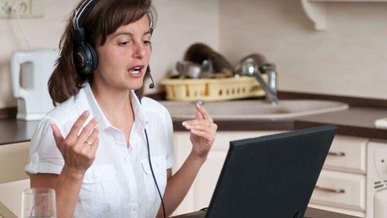 Trabalhar em casa pela internet: 4 Ideias Confiáveis e que Funcionam
