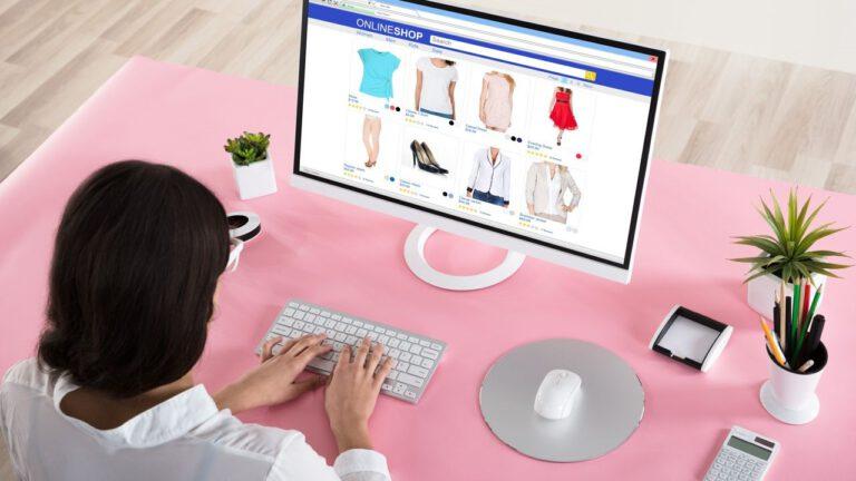 Como comprar roupas pela internet para revender: 5 Dicas Exclusivas