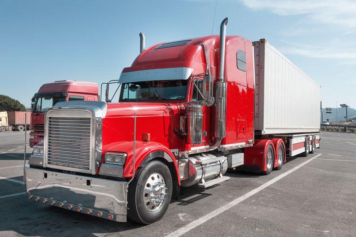 Caminhoneiro agregado comprar caminhão