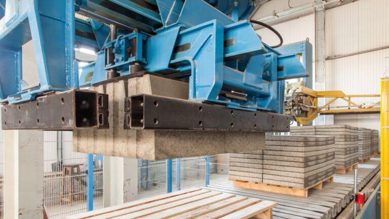 Máquina de Fabricar Blocos de Concreto [5 Melhores Modelos]